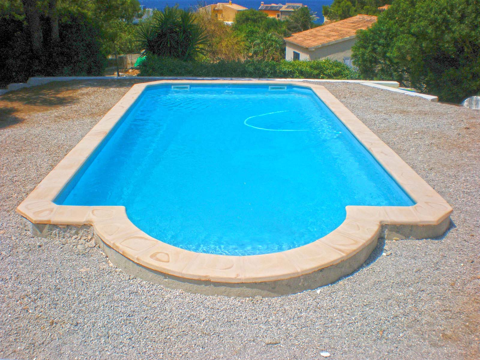 Galer a piscinas de fibra poli ster piscina plus for Piscinas en