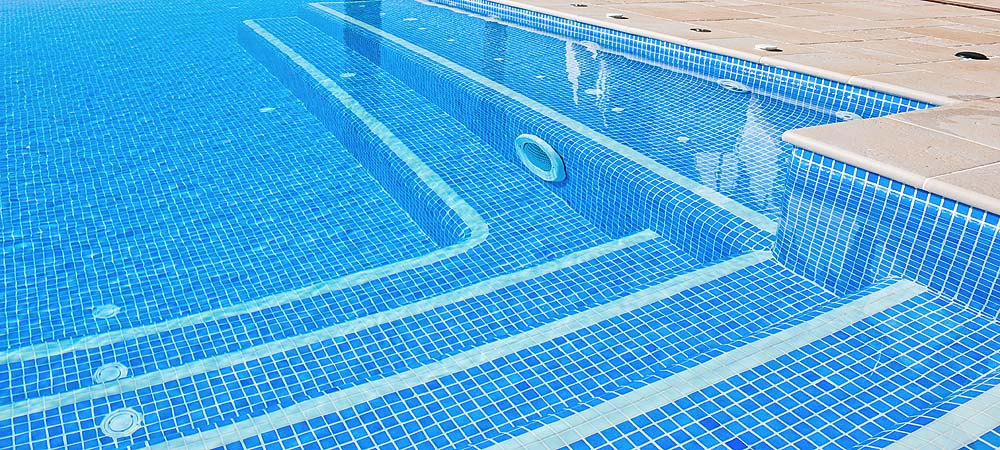 Limpiafondos integrado piscina plus Limpiafondos para piscinas