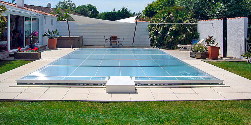 Cubiertas planas piscina plus for Cubiertas de piscinas