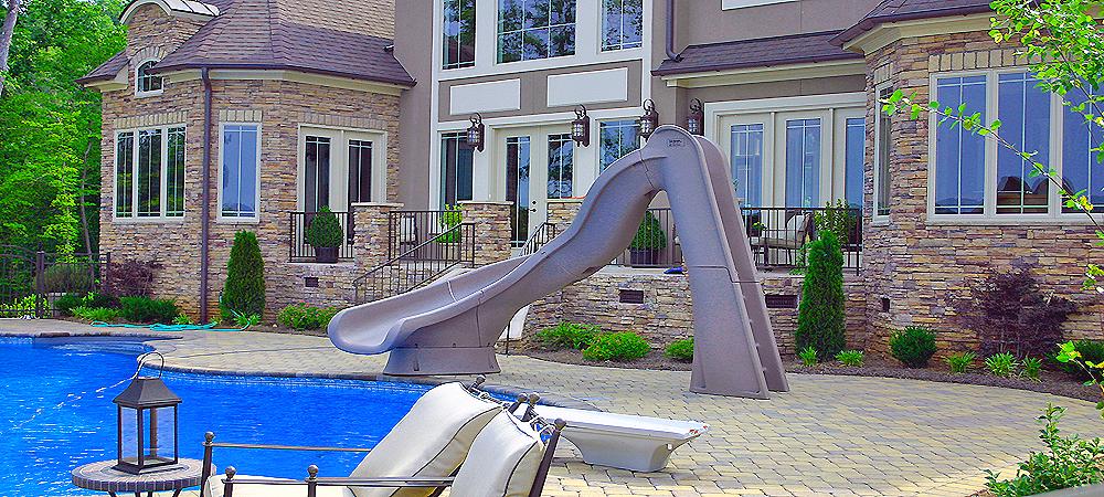 Fotos de piscinas con toboganes affordable toboganes para for Piscinas con toboganes
